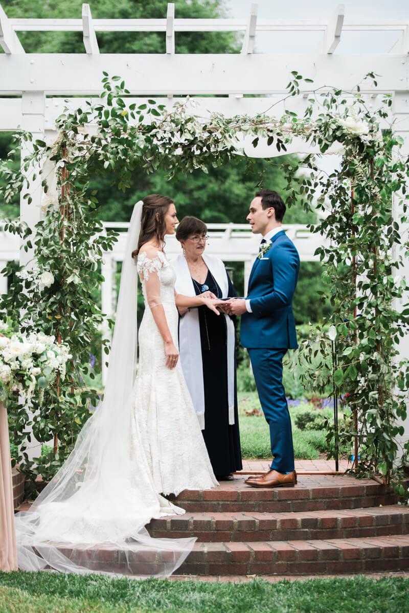outdoor-garden-wedding-8.jpg