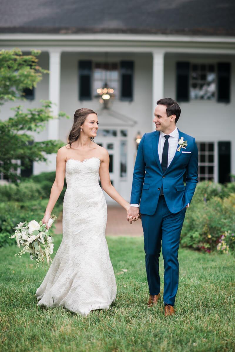 outdoor-garden-wedding-13.jpg