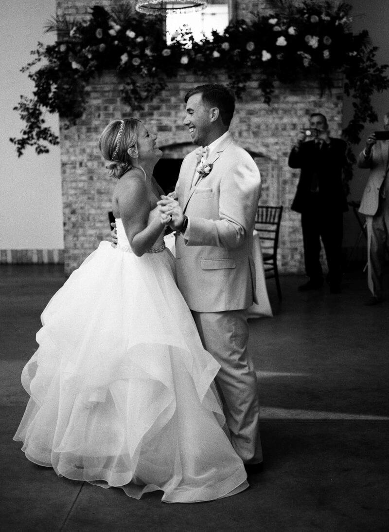 destination-wedding-at-wrightsville-manor-24.jpg