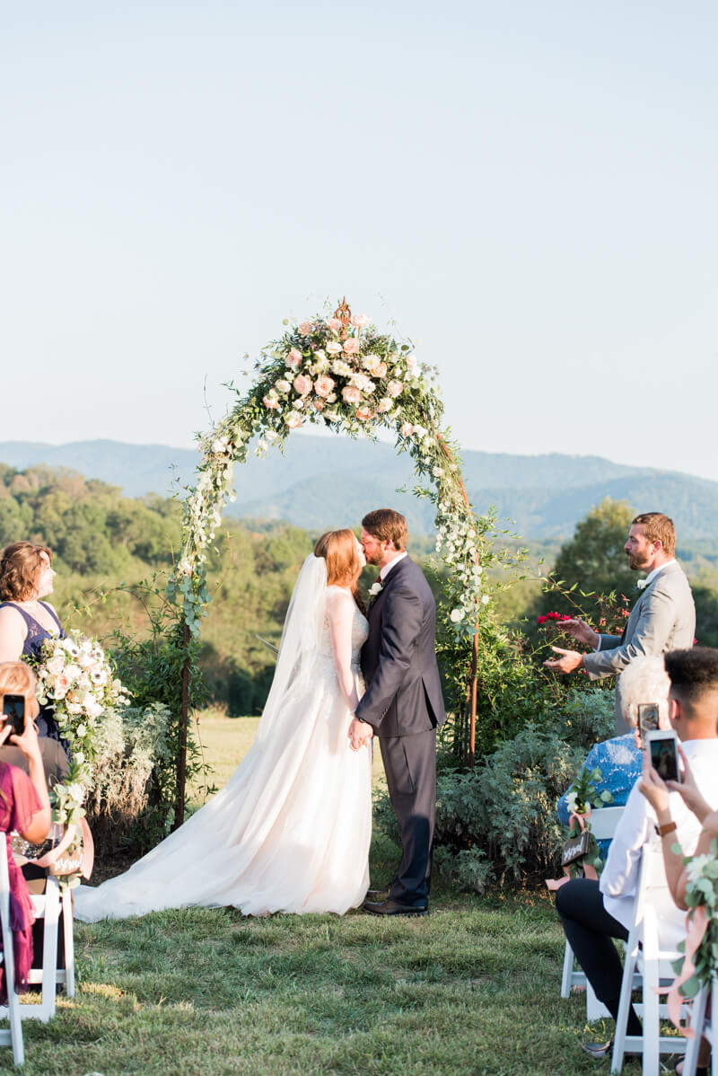 -morganton-nc-wedding-photos-16.jpg