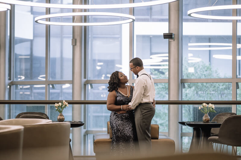 uptown-charlotte-engagement-photos.jpg