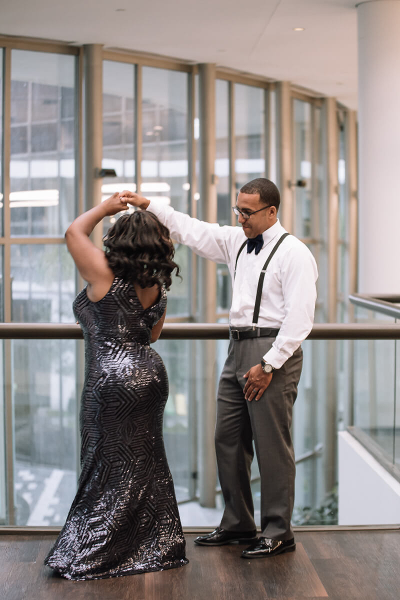 uptown-charlotte-engagement-photos-8.jpg