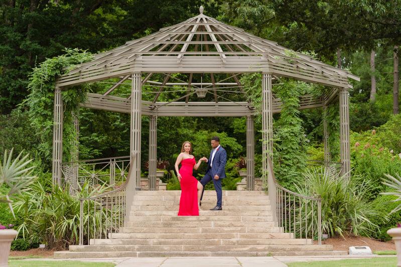 sarah-p-duke-gardens engagement-6.jpg