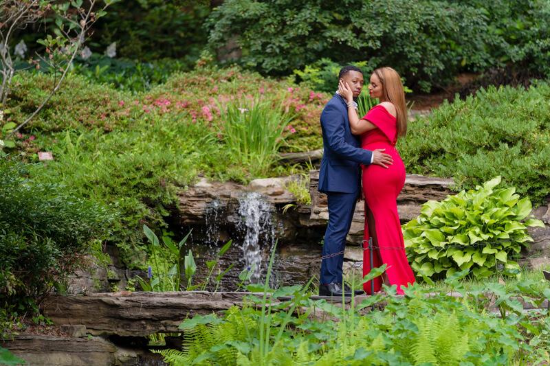 sarah-p-duke-gardens engagement-9.jpg