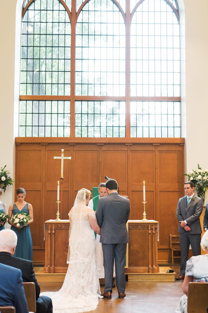 chapel-hill-wedding-at-fearrington-10.jpg