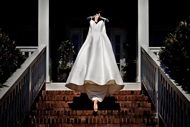 artistic-emerald-isle-wedding-photos-17.jpg