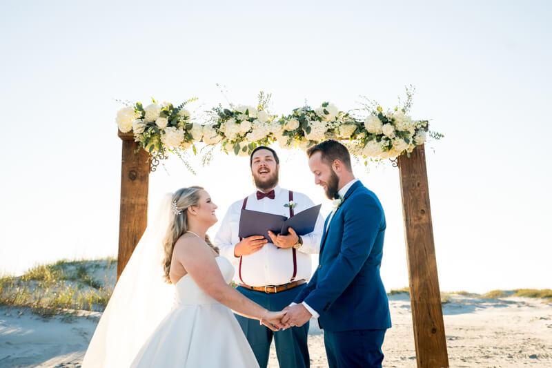 artistic-emerald-isle-wedding-photos-3.jpg