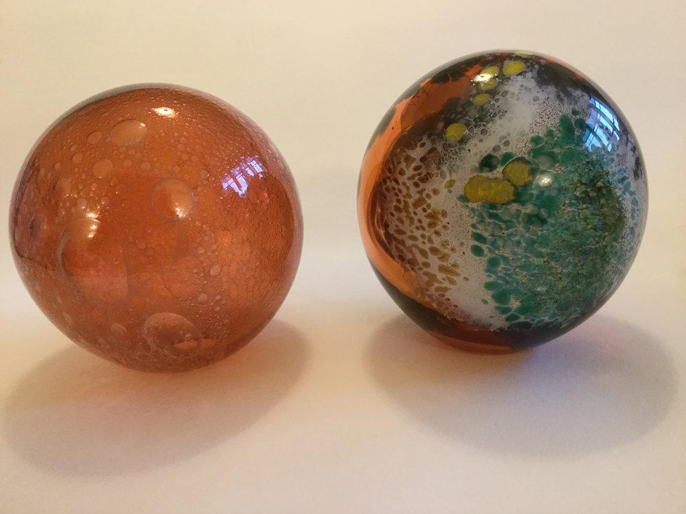 45_Gillian McFarland, planets, glass.JPG
