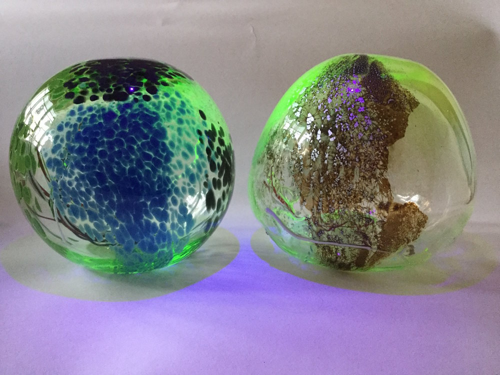 50e_Gillian McFarland, Glass globes 7 & 8.JPG