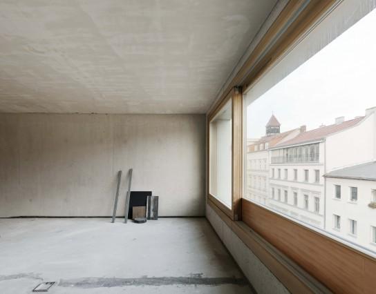 14-03 Monohaus_SM_final_04