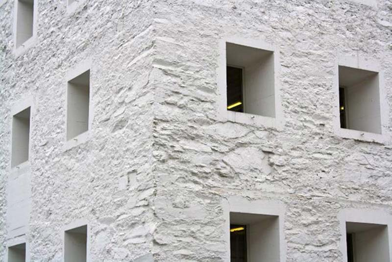 Das Gelbe Haus Valerio Olgiati Archaic