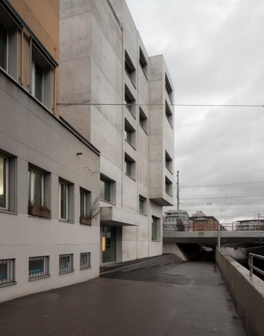 archaic-04-housing-neufrankengasse-em2n_136_nfg_fot_menges_obj_ar_04-1000x784