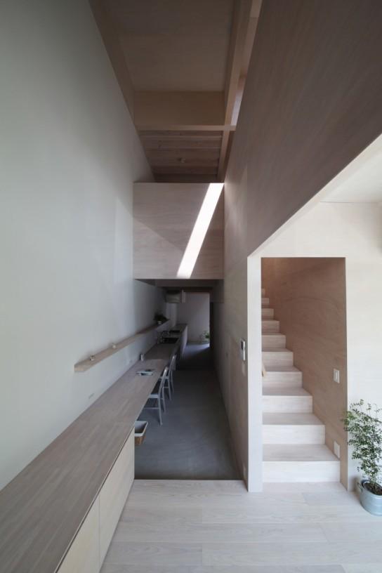 archaic_04_house-in-hanekita-katsutoshi-sasaki-associates__mg_2797-666x1000