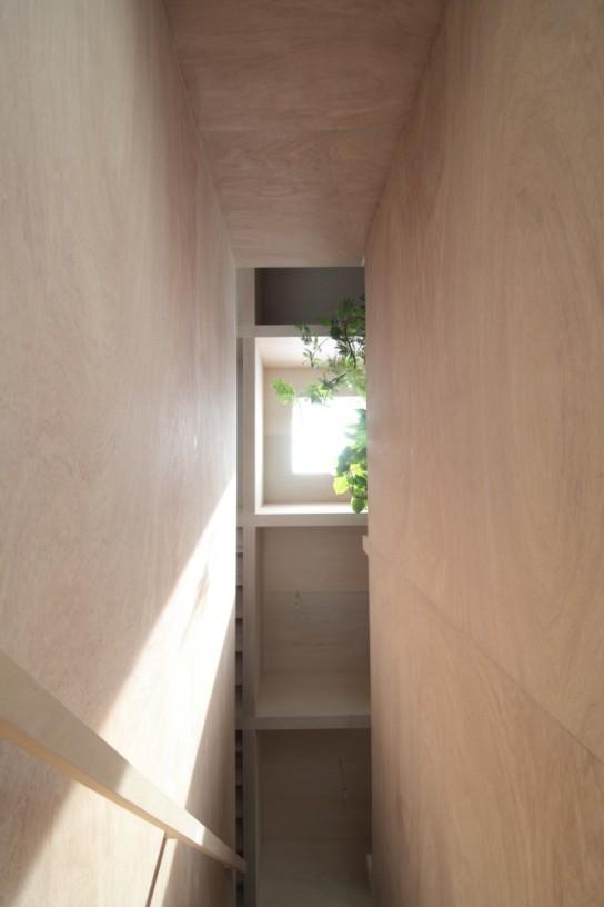 archaic_12_house-in-hanekita-katsutoshi-sasaki-associates__mg_2835-666x1000