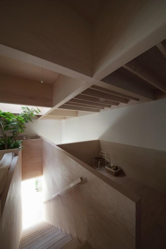 archaic_14_house-in-hanekita-katsutoshi-sasaki-associates__mg_3019-666x1000