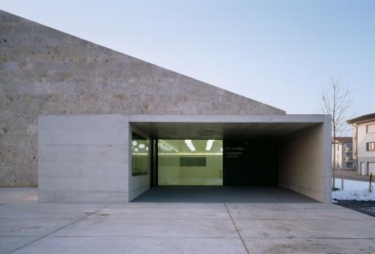 archaic_ La Tuffière_2b architectes + nb.arch 35
