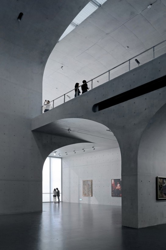 archaic_Long Museum West Bund _ Atelier Deshaus 10