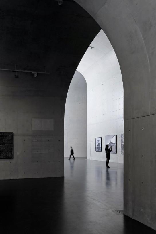 archaic_Long Museum West Bund _ Atelier Deshaus 19