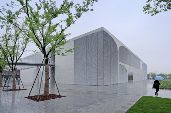 archaic_Long Museum West Bund _ Atelier Deshaus 36