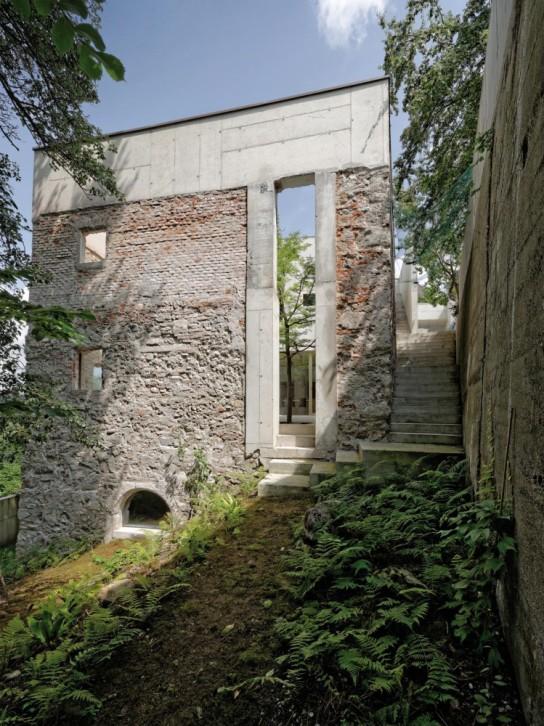 54c99823e58ece99010001fa_garden-house-refugium-laboratorium-klausur-hertl-architekten_gardenhouse_03_hertl_ebenhofer-749x1000
