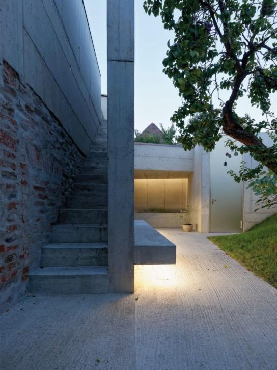 54c998abe58ece5c5e0001ea_garden-house-refugium-laboratorium-klausur-hertl-architekten_gardenhouse_12_hertl_ebenhofer-749x1000