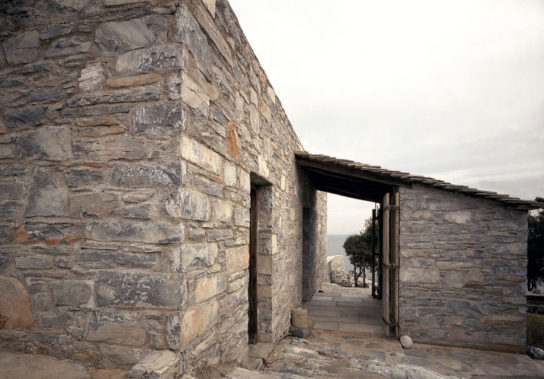 Katerina-Tsigarida-Architects-Primitive-Hut-6