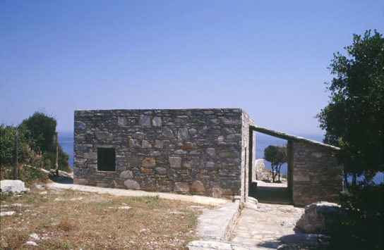 Katerina-Tsigarida-Architects-Primitive-Hut-7