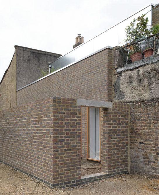 archaic_HughStrangeArchitects_ClaptonHouse1-544x666.jpeg