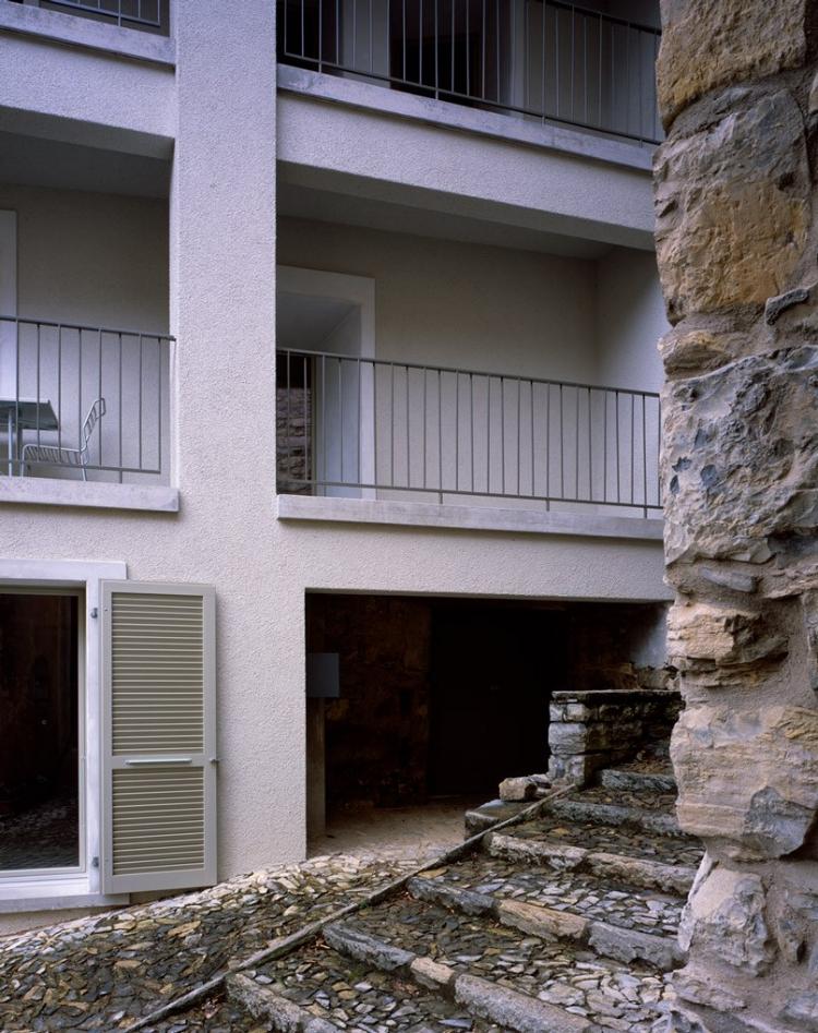 archaic_SergisonBates_Monte-Castel-San-Pietro4.jpg