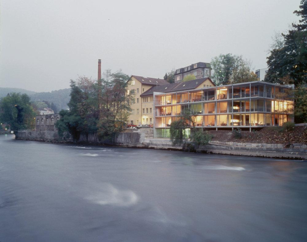 archaic_KenArchitekten_Flusswohnungen_1.jpg