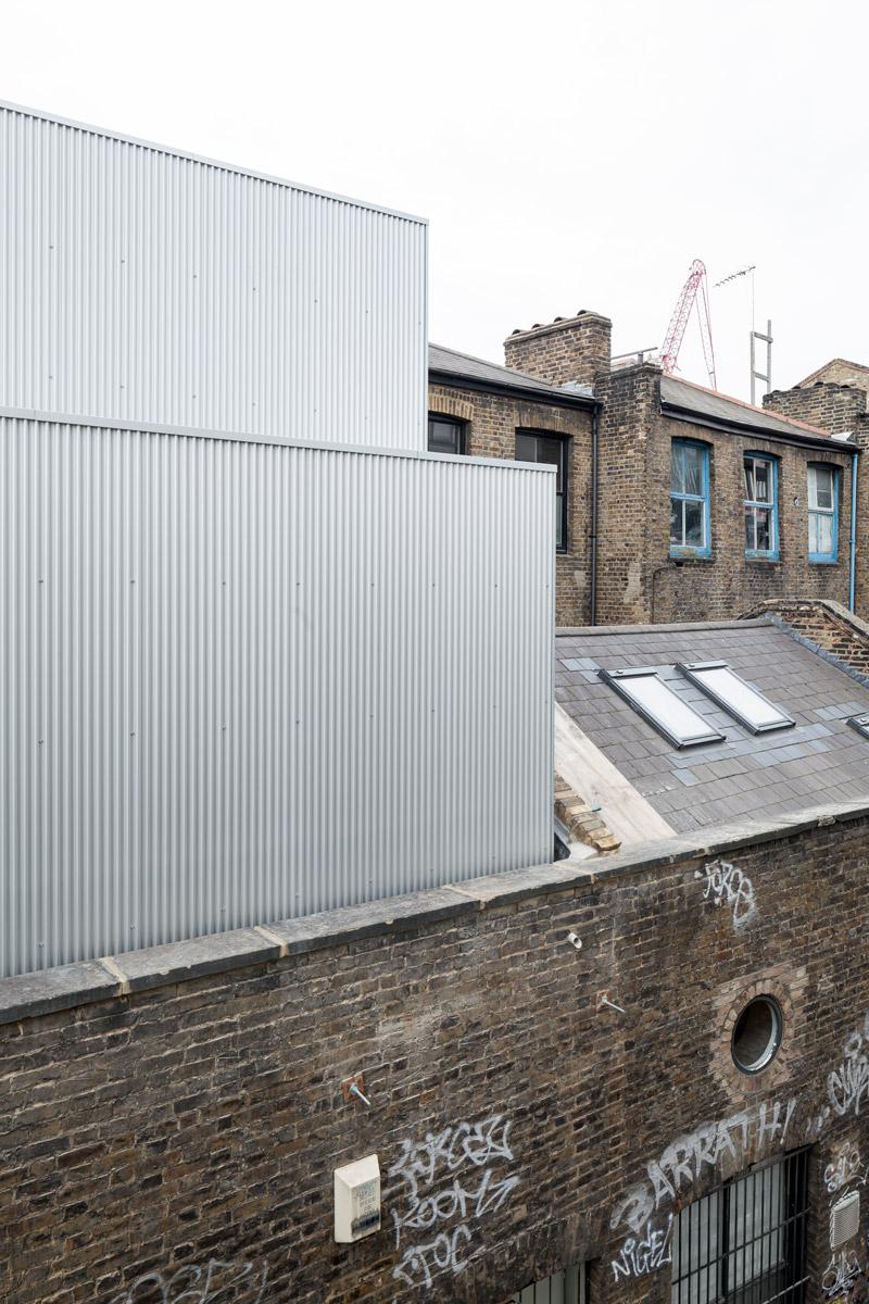 Carmody-Groarke-Artist-Studio-Hoxton-exterior-02.jpg