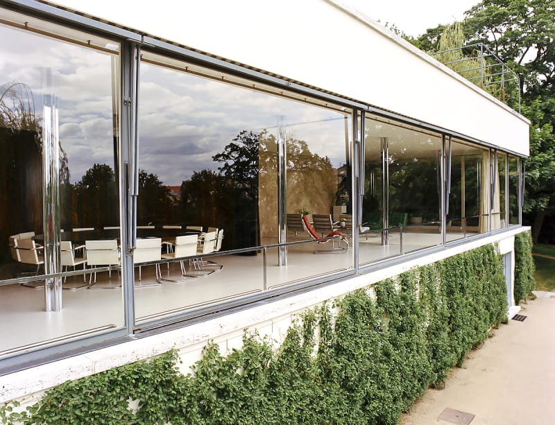 archaic_LudwigMiesVan_Tugendhat_38.jpg
