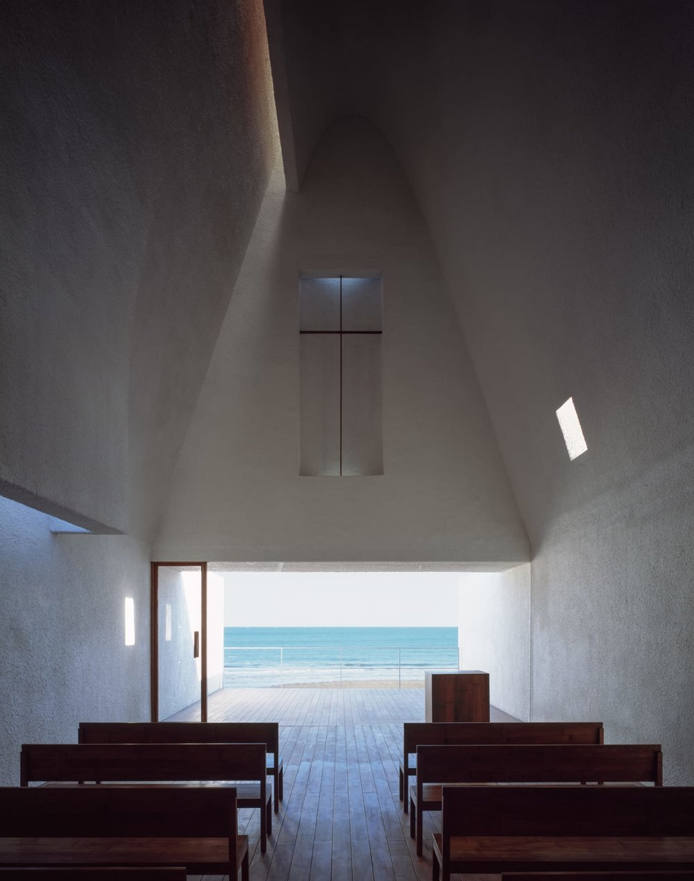 archaic_VectorArchitects_SeashoreChapel_2.jpg