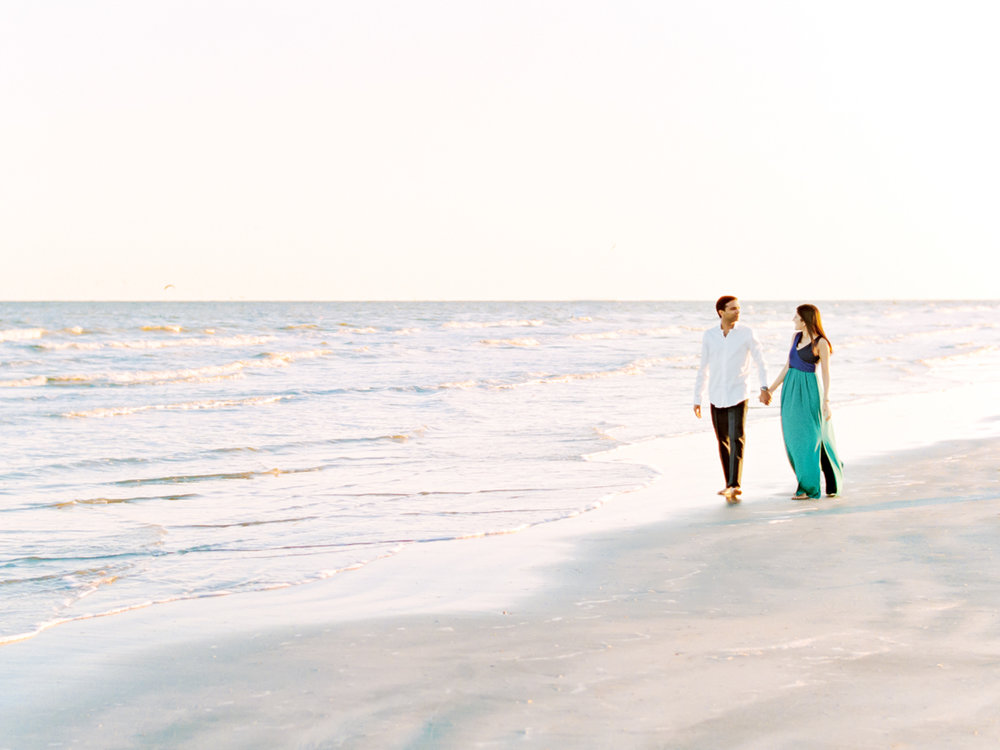 Divya Pande Photography Beach Engagement-10.jpg