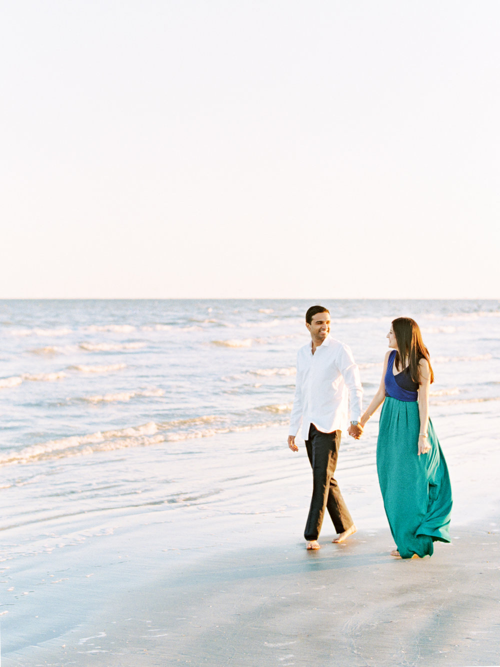 Divya Pande Photography Beach Engagement-8.jpg