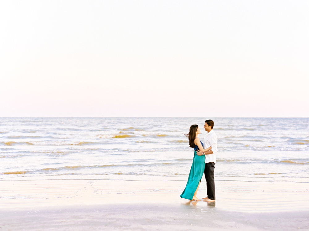 Divya Pande Photography Beach Engagement-11.jpg