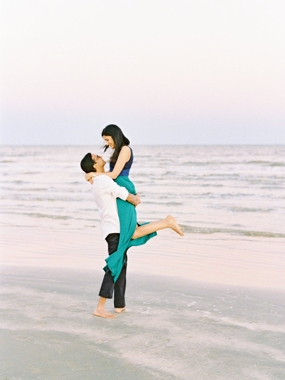 Divya Pande Photography Beach Engagement-29.jpg