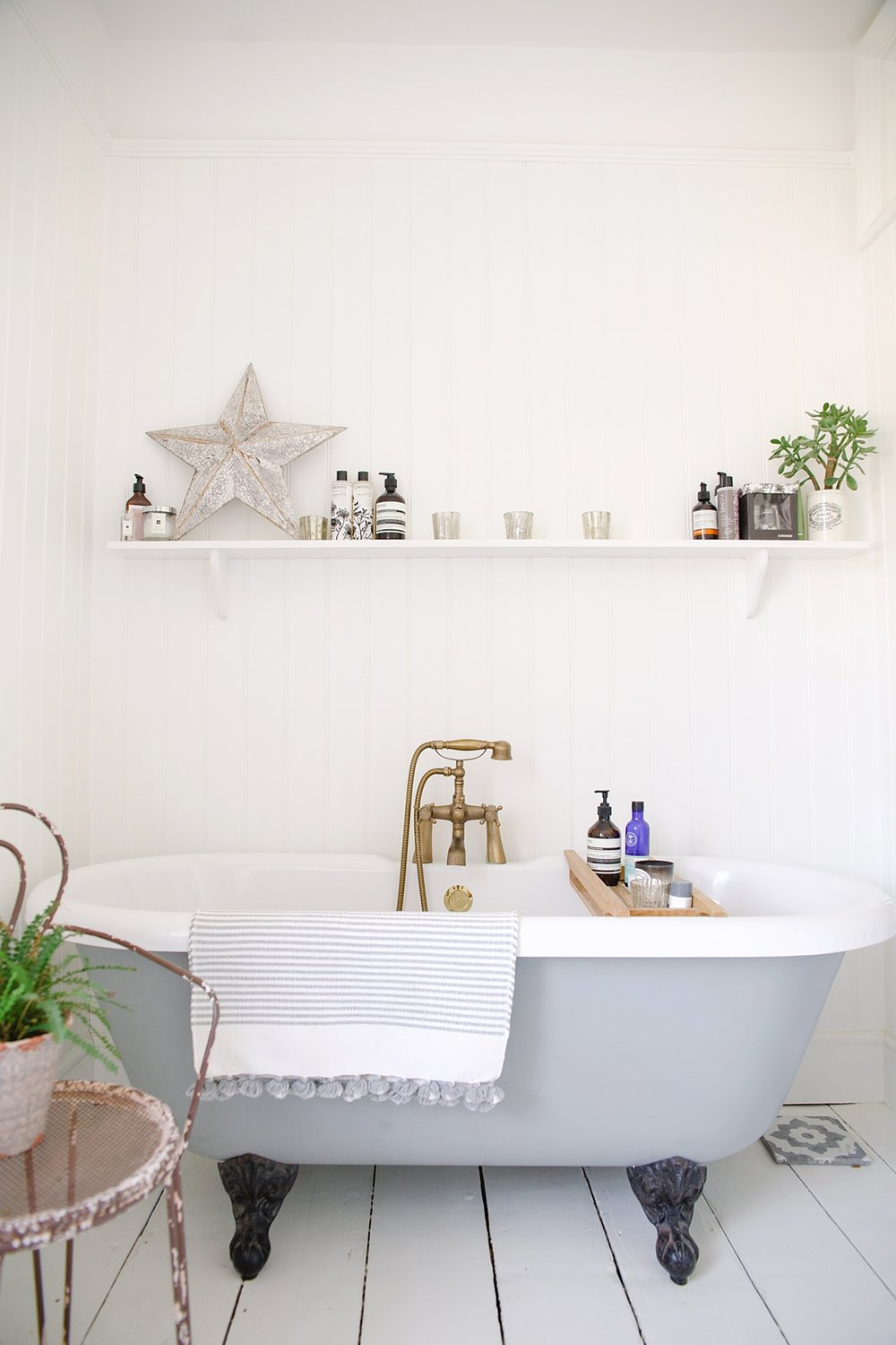 rvk_loves Bath Room — Coco Lane