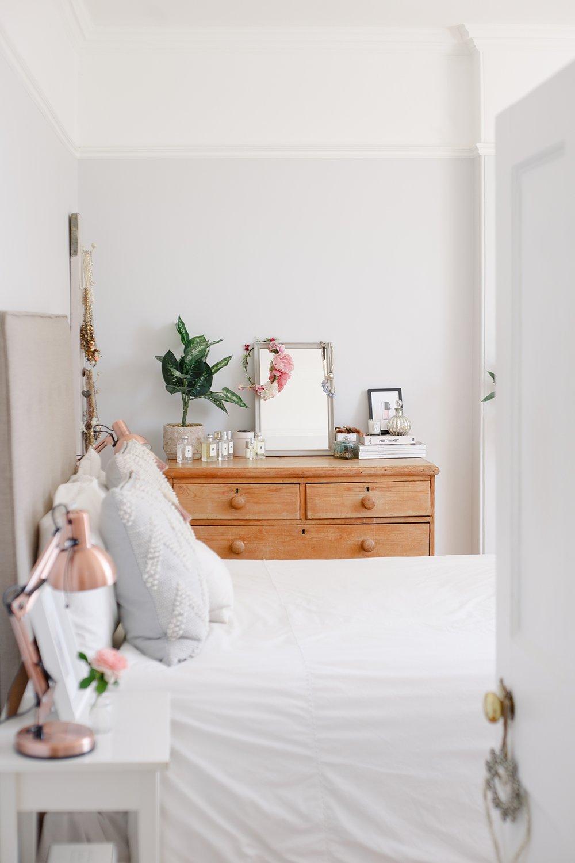 coco-lane-rvk-loves-guest-bedroom-home-tour_0002.jpg