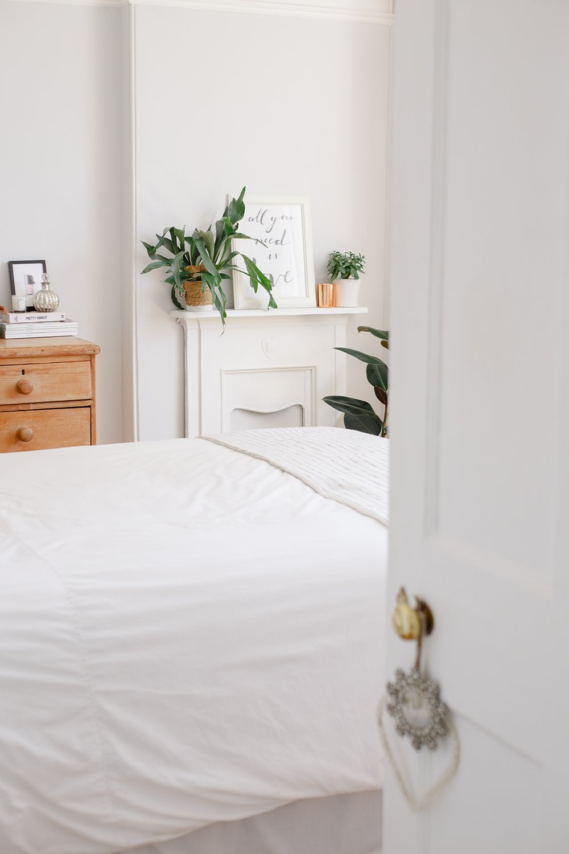 coco-lane-rvk-loves-guest-bedroom-home-tour_0004.jpg