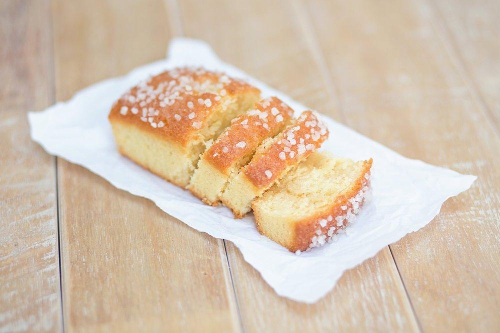 coco-lane-rvk-loves-lemon-curd-loaf-cake_0002.jpg