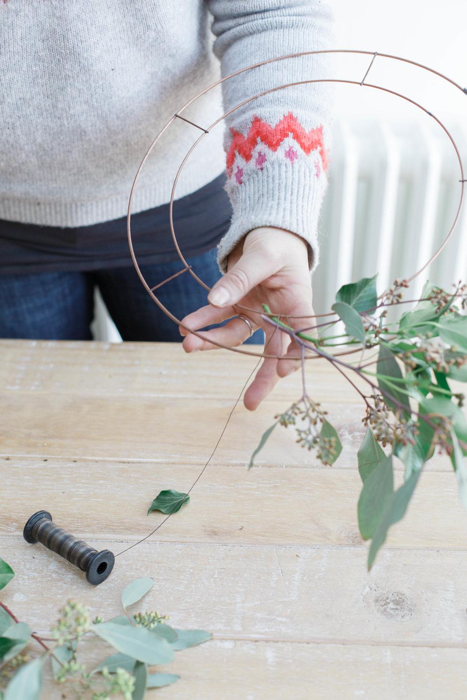 claire-graham-photography-wreath-tutorial-21.jpg