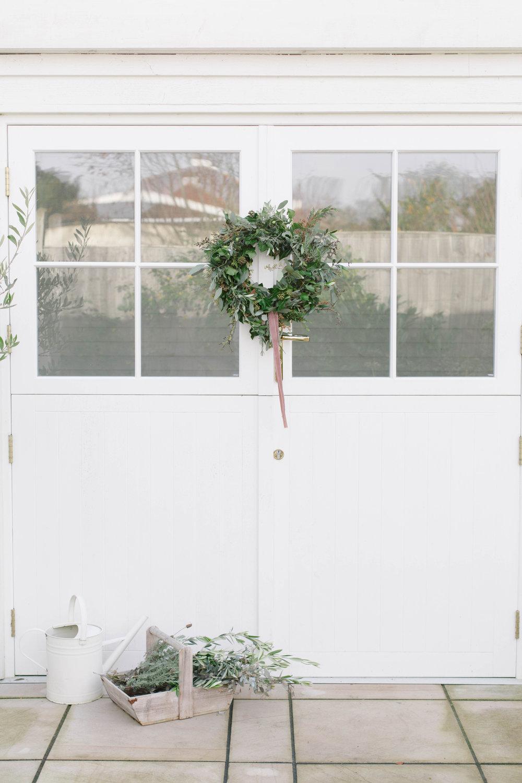 claire-graham-photography-wreath-tutorial-43.jpg