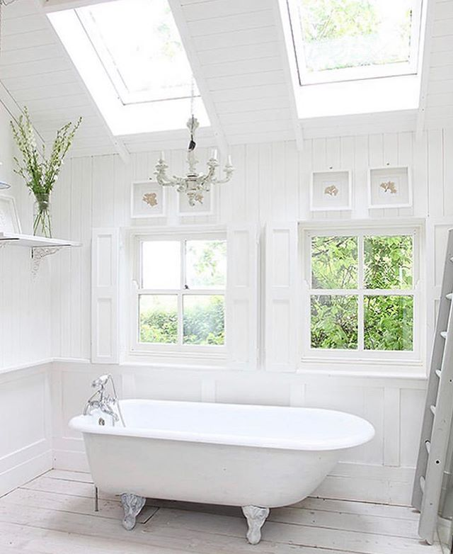 Who else has plans for some home improvements this year? .. I'm thinking of a new bathroom with a flood of light streaming through and a fresh clean theme. .. What's your plans? .. Photo via @light_locations .. #home #homeimprovements #homerenovation #barhroom #interiordesign #interior #living #lifestyleblog #lifestyle #cocolane #cocolsneblog