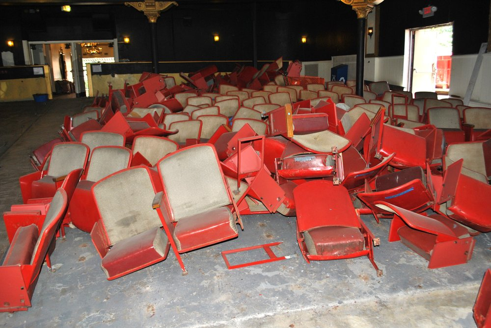 All 800 Colonial seats removed to make room for Music Hall seats