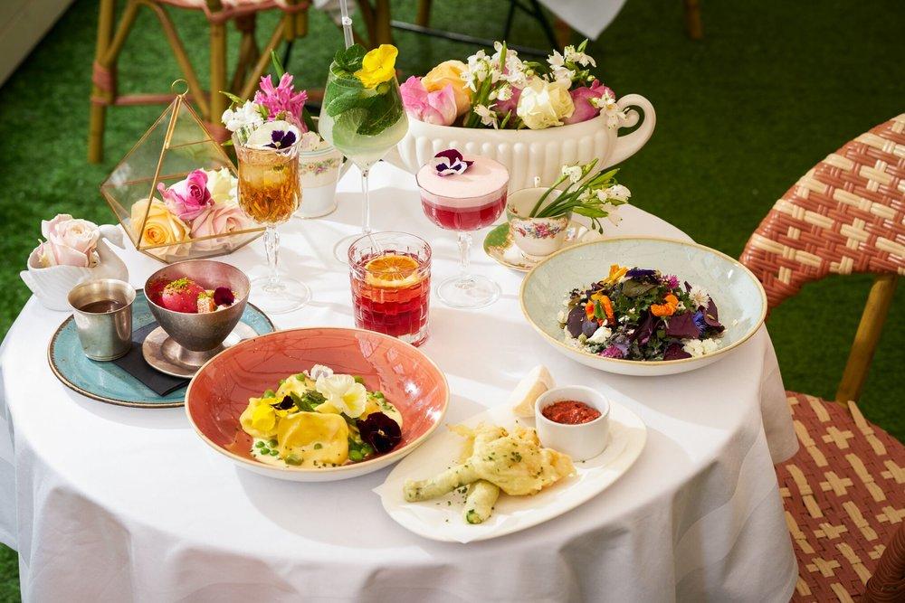 Hush_LondonInBlossom_Food & Cocktail Group_preview.jpg