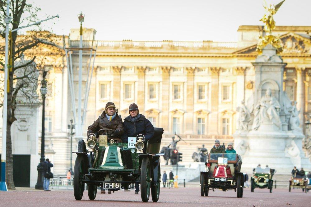 2018 Bonhams London to Brighton Veteran Car Run takes twin routes south 3.jpg