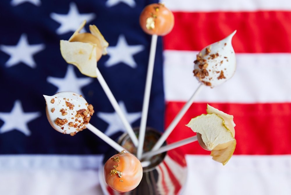 45-park-lane-thanksgiving-cutcakes-flag-square.jpg