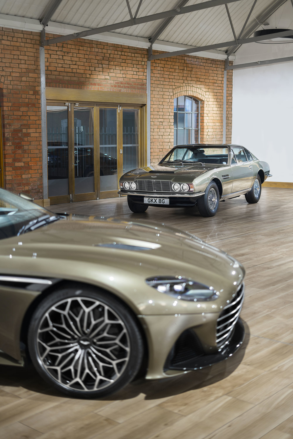 Aston Martin Dbs Superleggera Set To Become The New James