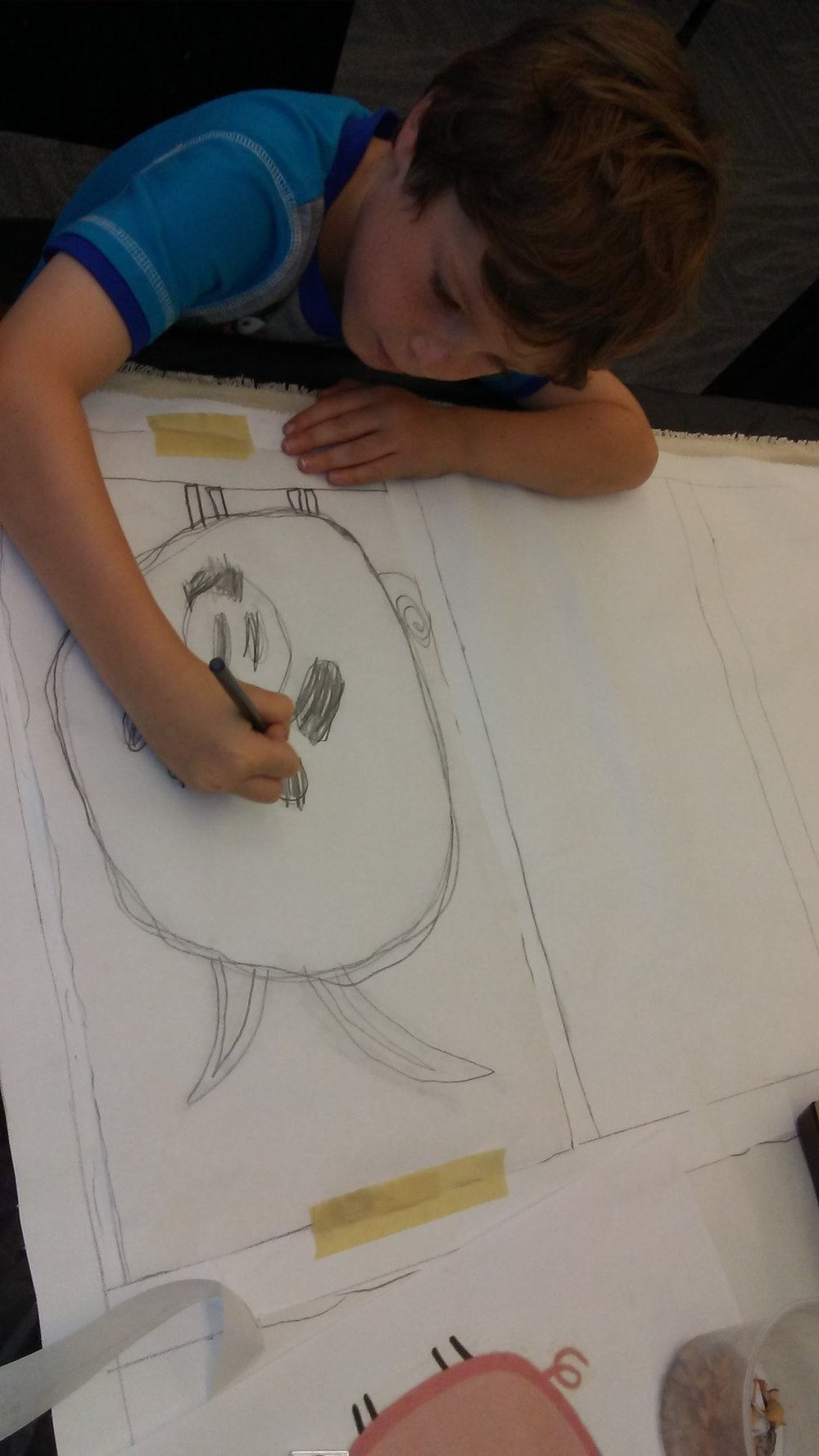 Tracing image to canvas to paint.